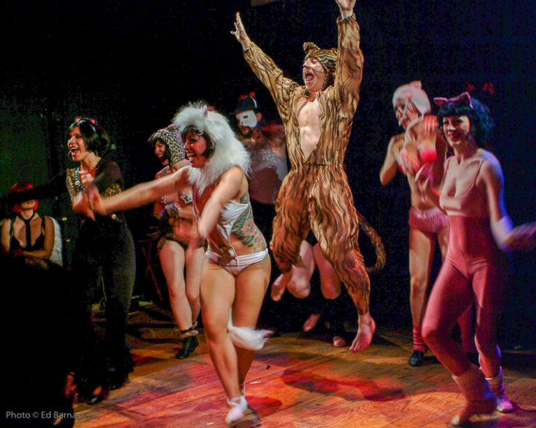 """Pinchbottom Burlesque: """"Bottoms Over Broadway"""" at Collective UnConscious"""